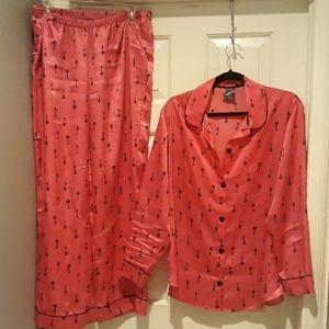 Two-piece pajama sleep set size medium pink black